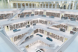 E-Books vs Traditional Publishing